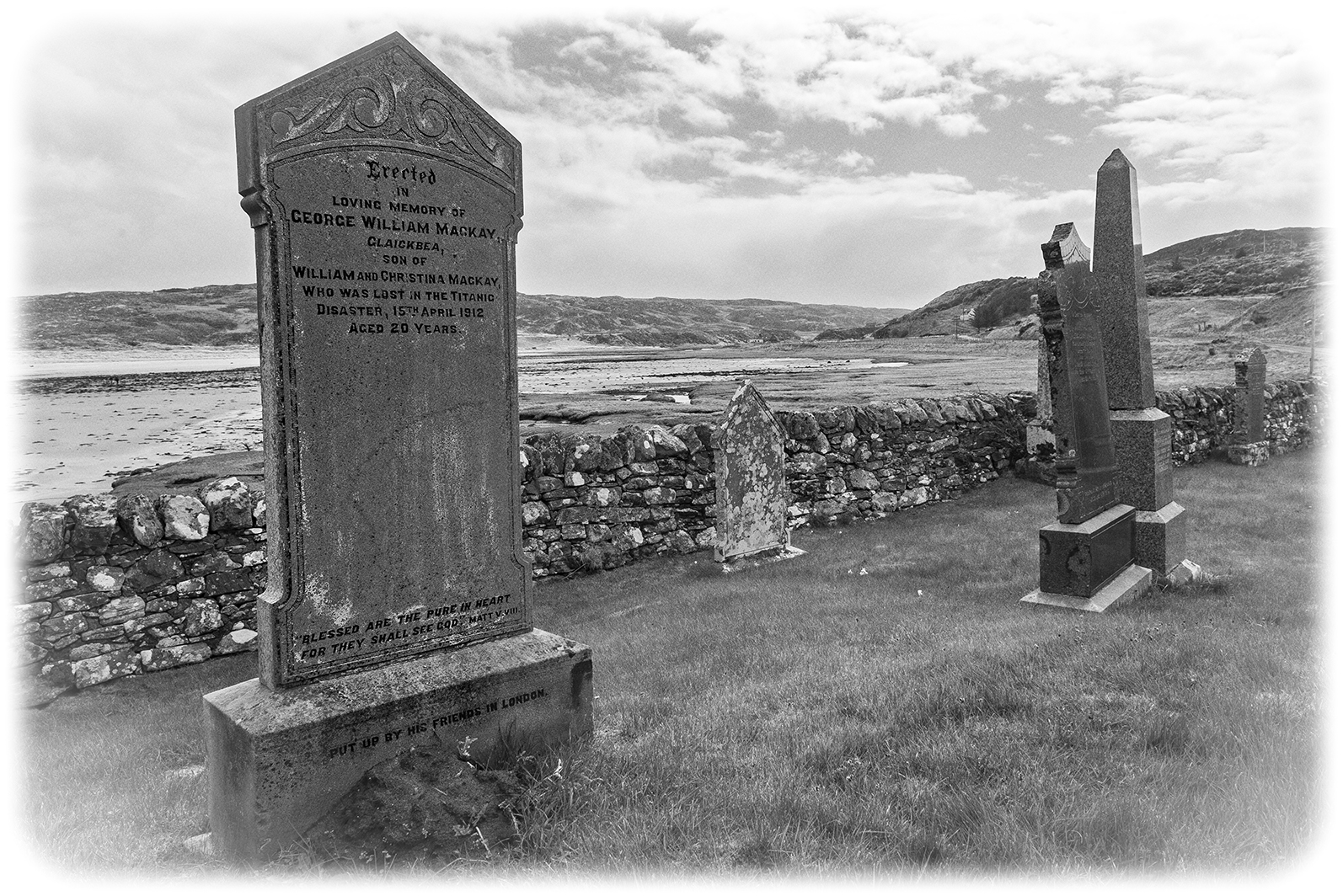 008-George-Mackay-Skerray-headstone